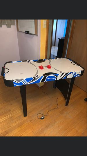 Air hockey table for Sale in Cahokia, IL
