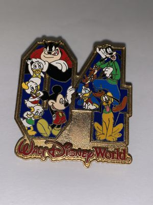 3 •DISNEY WORLD•. WEARABLE PINS for Sale in Indianapolis, IN