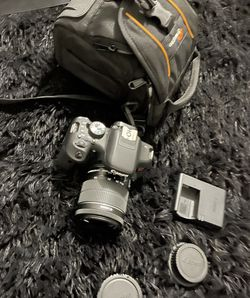 Canon Camera T6i With Extras for Sale in Colorado Springs,  CO