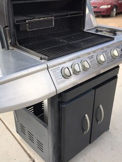 BBQ Grill With Tank for Sale in Tucson,  AZ
