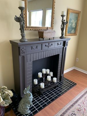 Fireplace Decor with tile flooring for Sale in Oviedo, FL