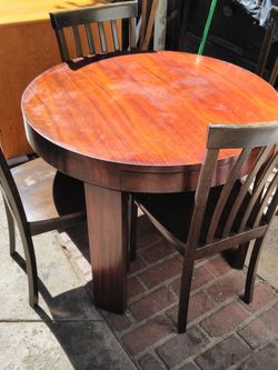 Table With Chairs for Sale in Los Angeles,  CA