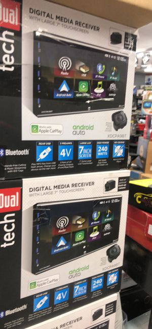 Double din touchscreen Bluetooth usb Apple CarPlay android auto for Sale in Chula Vista, CA