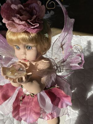 Antique Glass Dolls for Sale in Moreno Valley, CA