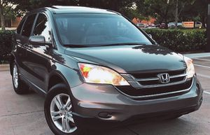 SELLING HONDA CRV 2010 AUTOMATIC TRANSMISION LOW MILES for Sale in Detroit, MI