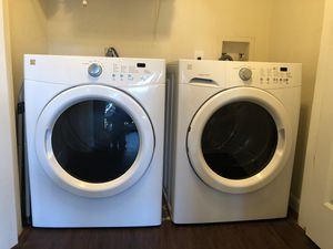 Kenmore washer / dryer like new for Sale in Austin, TX