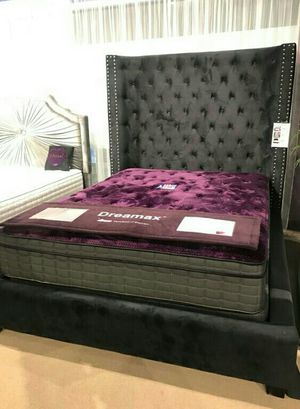 Queen bed frame for Sale in Las Vegas, NV