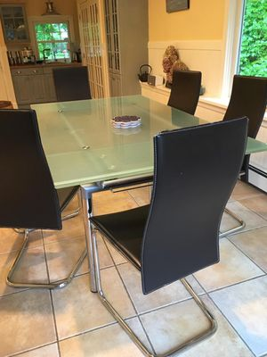 Glass Dining Table for Sale in White Plains, NY