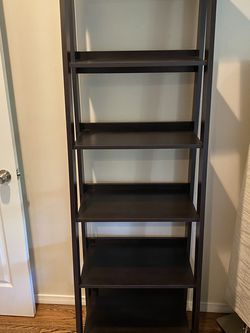 5 Shelf Ladder Wood Bookshelf for Sale in Los Angeles,  CA