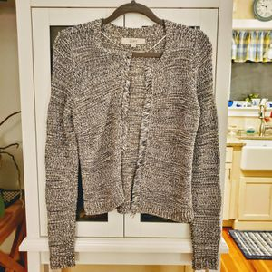 Gray Long Sleeve Sweater size XS for Sale in West Wareham, MA