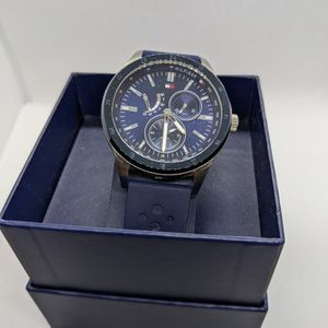 Tommy Hilfiger Watch Men for Sale in East Northport, NY