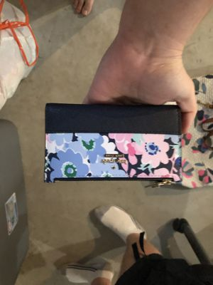 Kate spade wallet for Sale in Circleville, OH