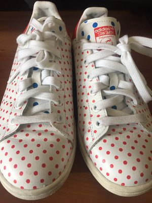 Adidas x Pharrell Williams size 5 men's - 6 women's for Sale in Lakewood, OH