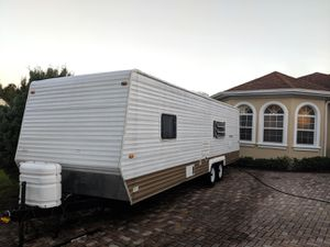 Updated 30 foot GULFSTREAM Conquest Luxury Travel Trailer RV Camper for Sale in St. Cloud, FL