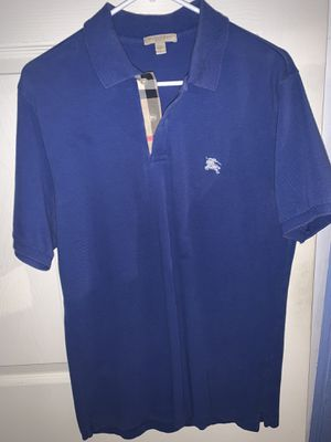 Burberry Polo Size M for Sale in Queens, NY