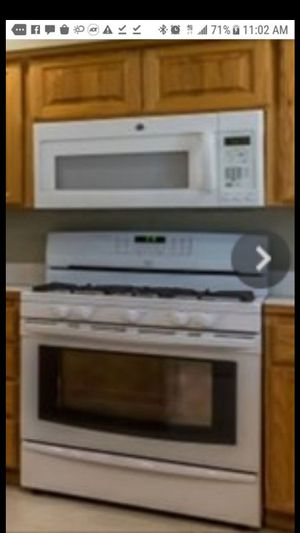 Like new Maytag kitchen appliances, fill set for Sale in Sumner, WA