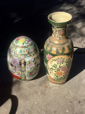 "15"" and 25"" tall oriental decoration both for 75 firm I can deliver if needed for Sale in Las Vegas, NV"