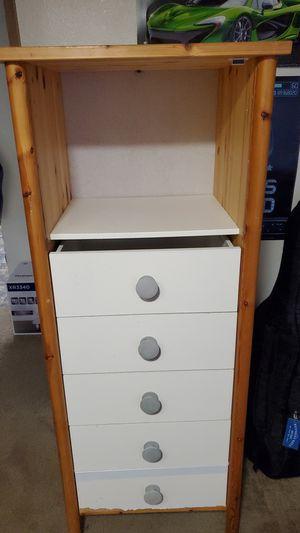 Dresser for Sale in Mountlake Terrace, WA