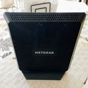 NETGEAR - Nighthawk Dual-Band AC1900 Router with 24 x 8 DOCSIS 3.0 Cable Modem - Black for Sale in Lake Forest, CA