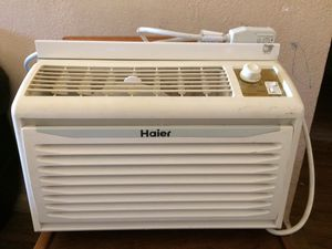 Haier AC / window air conditioner unit for Sale in Fresno, CA