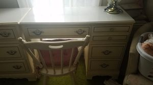 Girls bedroom set for Sale in Murfreesboro, TN