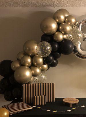 Black & Gold Mini Balloon Arch! for Sale in Tamarac, FL