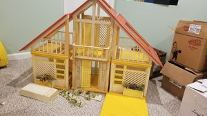 Vintage Barbie Dream House 1980's for Sale in Wheaton, IL