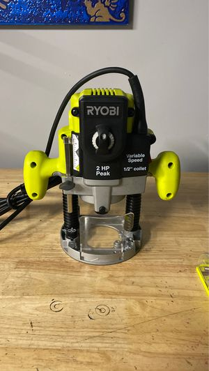 BRAND NEW RYOBI 10 amp 2 HP ROUTER WITH 8 BITS for Sale in Las Vegas, NV