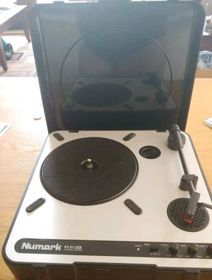 Numark Portable Turntable for Sale in Buena Park, CA