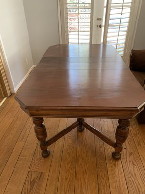 FREE Kitchen Table & ChairsB for Sale in Castro Valley, CA