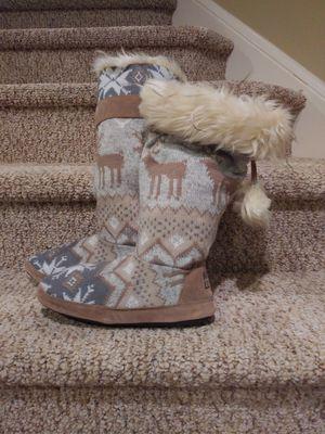 New women's size 8 - 9 Muk Luks Tall Slipper Boot for Sale in Woodbridge, VA