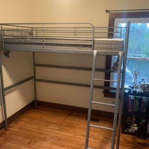 Twin bunk bed for Sale in Seattle, WA