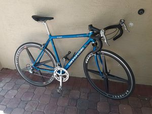 Cannondale bike w/ carbon wheels for Sale in Fort Lauderdale, FL