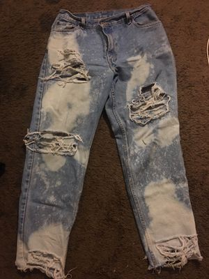 Levi ripped jeans for Sale in Orlando, FL