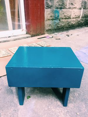 Bathroom stool for Sale in Penn Hills, PA