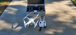 Dji Phantom 4 Make Offer comes with Hardcase and Accesories for Sale in Fontana, CA