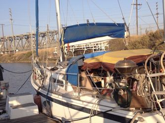 1972 Ericson 35' Mark-II Sailboat for Sale in Long Beach,  CA