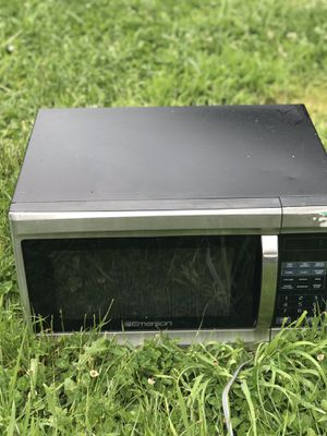 Microwave big one for Sale in Maple Valley, WA