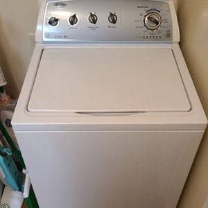 Whirlpool Washer for Sale in Fort Benning, GA