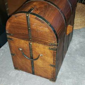 Vintage Wine Box for Sale in Tinley Park, IL