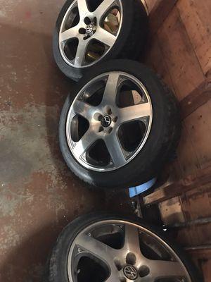 2000- 2004 vw jetta GLI rims tires are not in good shape. for Sale in Cicero, IL