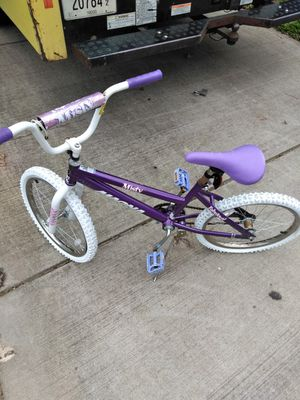 Purple bike for Sale in Nashville, TN