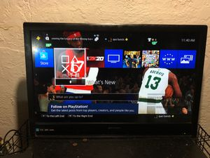 32 inch tv for Sale in Columbus, OH