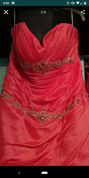 Plus size prom dress for Sale in Tampa, FL