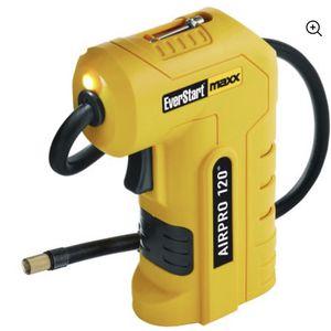 EVERSTART 120PSI Digital Handheld Compressor w/Work Light for Sale in Lynn, MA