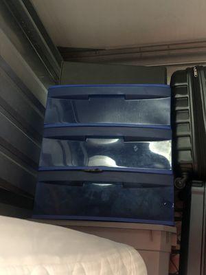 Plastic bin for Sale in Norwalk, CA