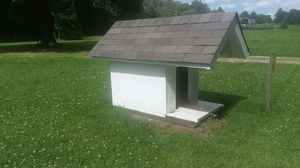 Large insulated doghouse for Sale in Princeton, IN