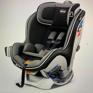 Car Seat from Chicco + Car Seat Travel Bag for Sale in Rockville, MD