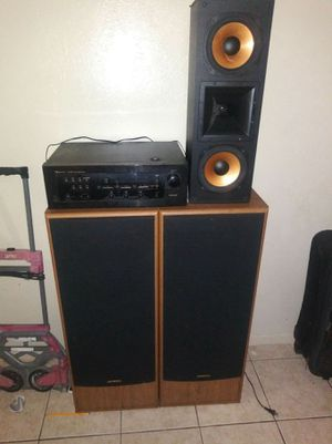 ONKYO stand up speakers for Sale in Austin, TX