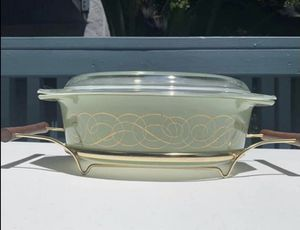 Vintage pyrex scroll 045 casserole with lid & cradle for Sale in HUNTINGTN BCH, CA